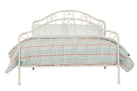Laura Ahsley Furniture Sale Charlotte Bed